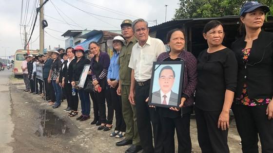 Vietnamese people bid last farewell to late PM Phan Van Khai  ảnh 19