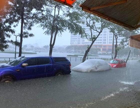 Floodwater raising in central region  ảnh 1