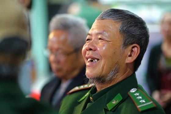 Hundreds of veterans commemorate martyrs in Po Hen Border Post ảnh 11