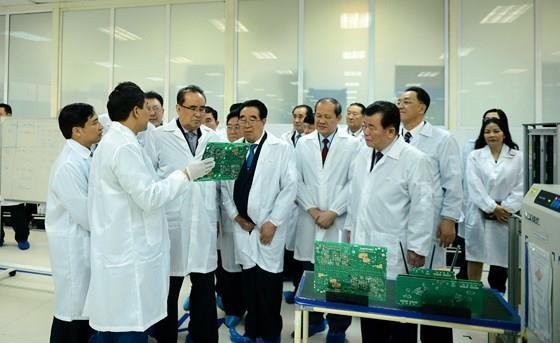 Mr. Kim Yong-un begins first ever visit to Vietnam after US-DPRK summit ảnh 1