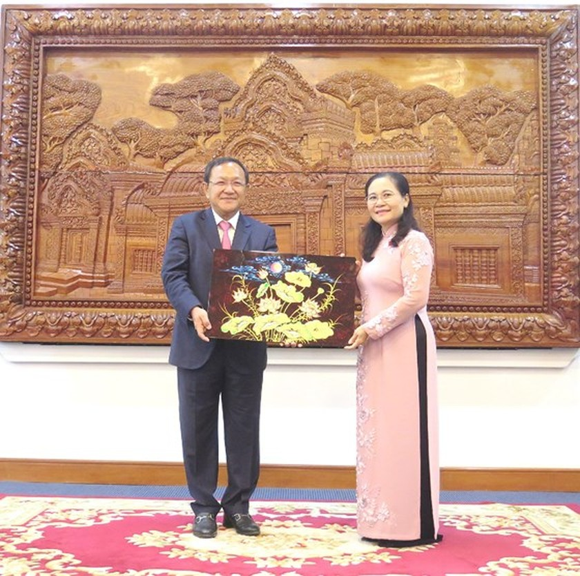 Vietnam always focuses on relationship with Cambodia   ảnh 4