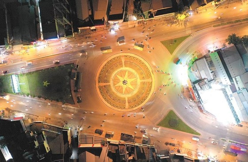 HCMC roundabouts have their owned history ảnh 2