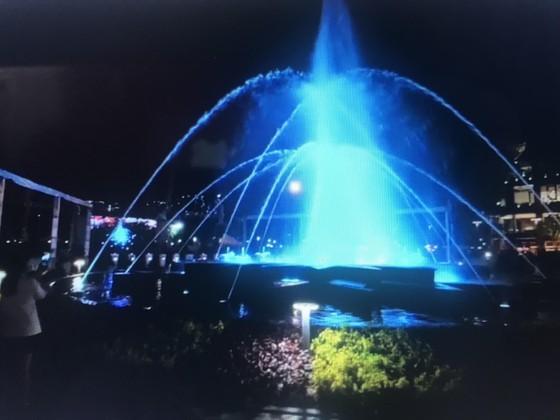 HCMC inaugurates new art fountain ảnh 1