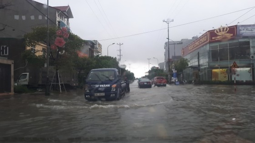 Many schools in Ha Tinh closed due to heavy downpour  ảnh 2