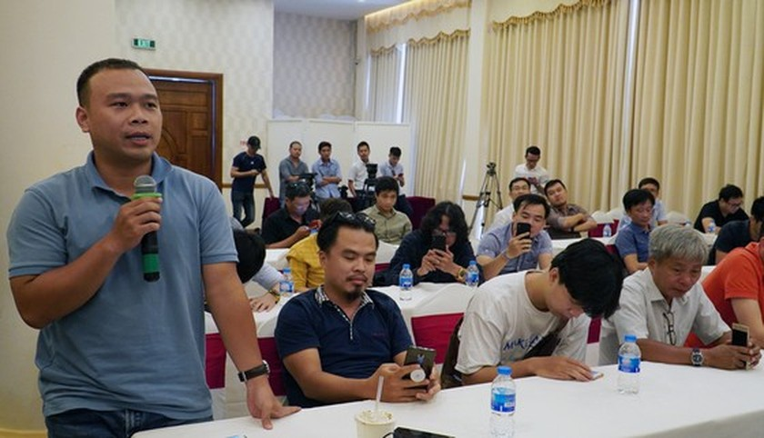 VFF, VPF have meeting with sport reporters  ảnh 1