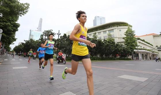 Marathon celebrates 44 years since city named after President Ho Chi Minh ảnh 9