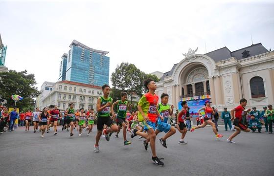 Marathon celebrates 44 years since city named after President Ho Chi Minh ảnh 3