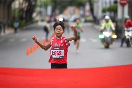 Marathon celebrates 44 years since city named after President Ho Chi Minh ảnh 2