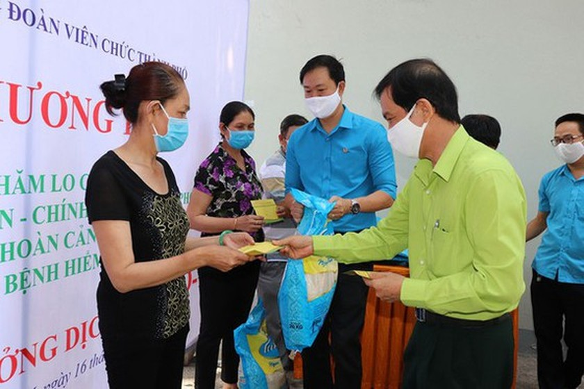 HCMC basically completes Covid-19 financial assistance  ảnh 1