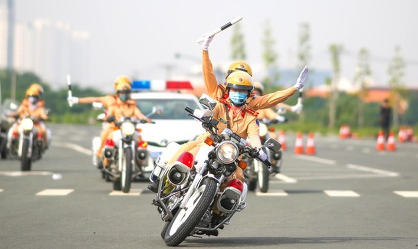 HCMC to first introduce traffic policewomen team on August 25 ảnh 2