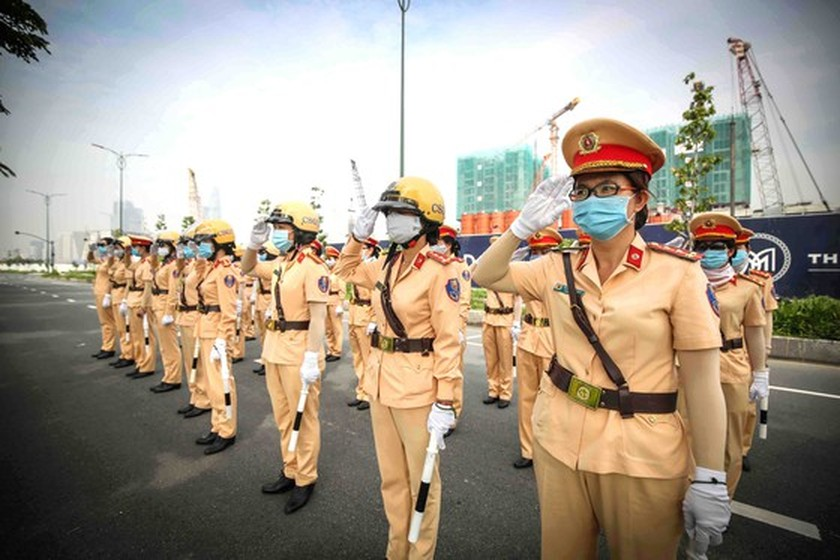 HCMC to first introduce traffic policewomen team on August 25 ảnh 1