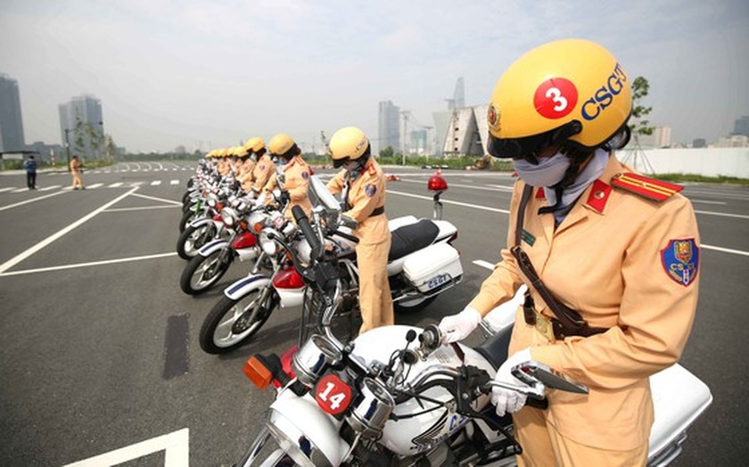 HCMC to first introduce traffic policewomen team on August 25 ảnh 3