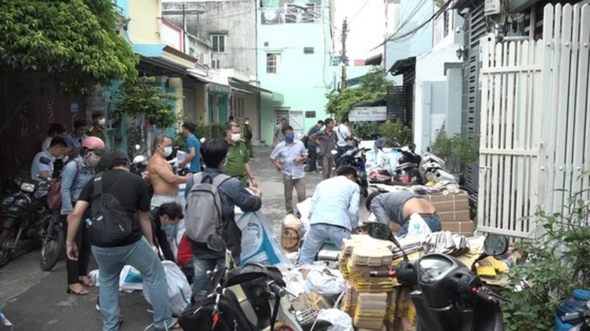 City abolishes huge quantity of counterfeit motorcycle parts  ảnh 1
