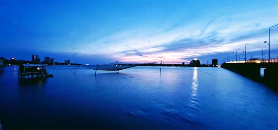 Nhat Le riverbanks glow after embellishment  ảnh 2