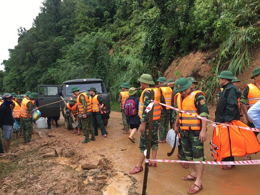 Rescuers find 14 dead bodies out of 22 missing soldiers in Quang Tri ảnh 3