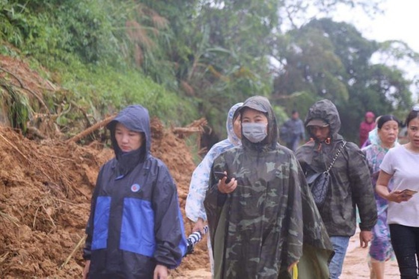 Bodies of all 22 soldiers missing under landslide found in Quang Tri Province ảnh 1