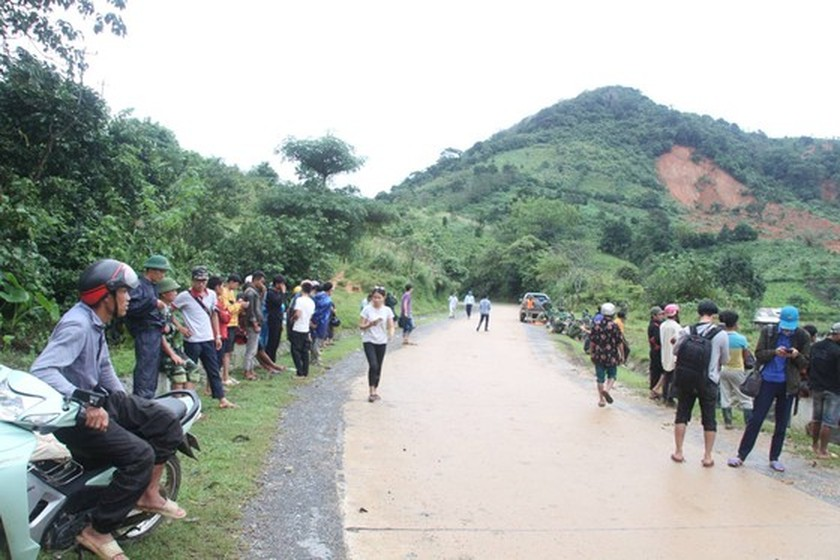 Bodies of all 22 soldiers missing under landslide found in Quang Tri Province ảnh 7