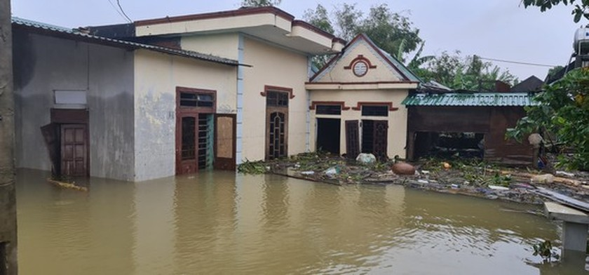 Flood dead toll rises to eight in Quang Binh Province ảnh 1