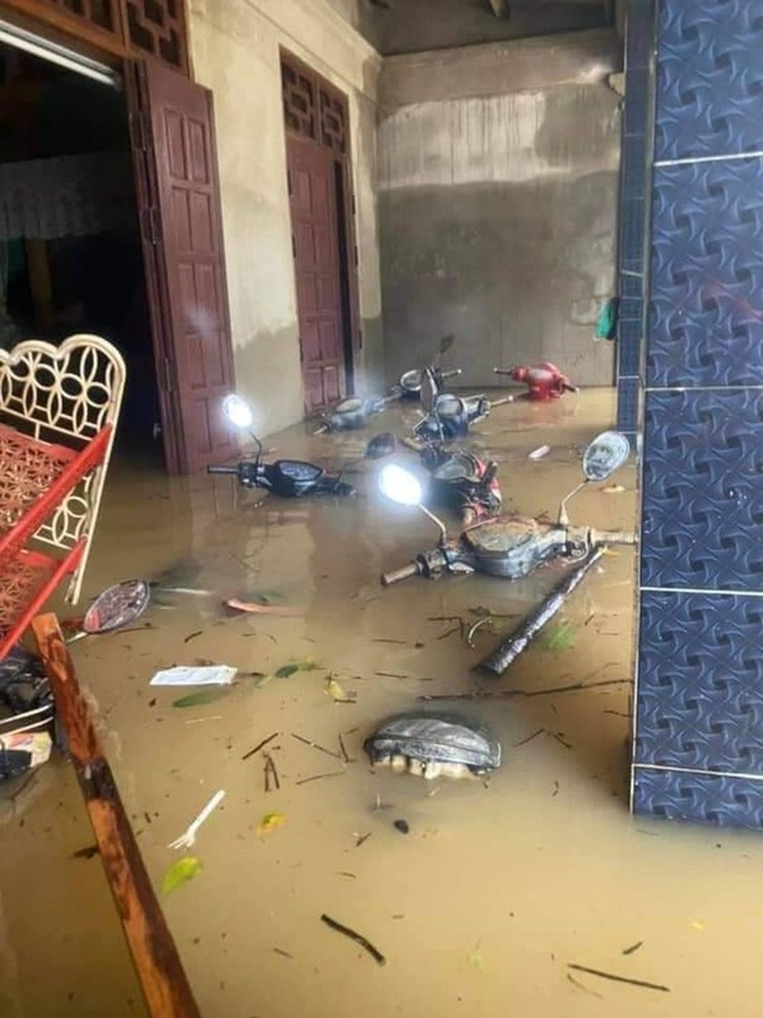 Flood dead toll rises to eight in Quang Binh Province ảnh 6