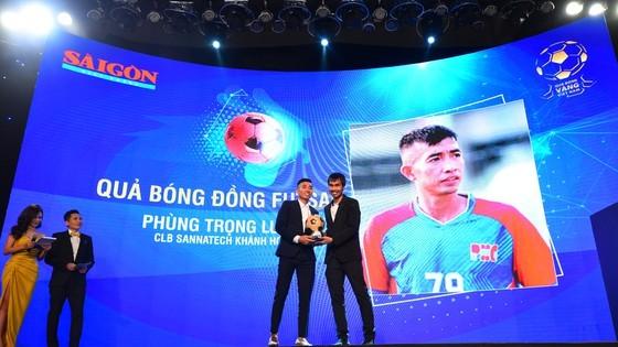 Nguyen Van Quyet (Hanoi FC) wins Men's Golden Ball Awards 2020  ảnh 10