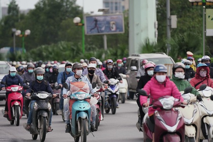 More than 2 million students come back to schools in Hanoi  ảnh 14