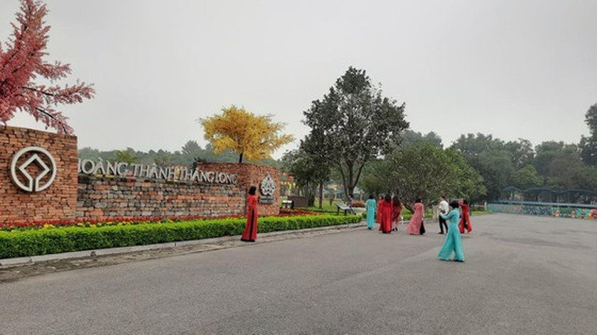 Hanoi simultaneously reopens relic sites, tourist attractions  ảnh 1