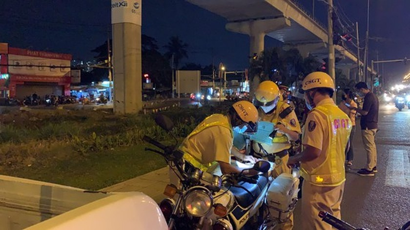 Traffic police penalize more than 7,000 cases of alcohol, drug abuse violations ảnh 1