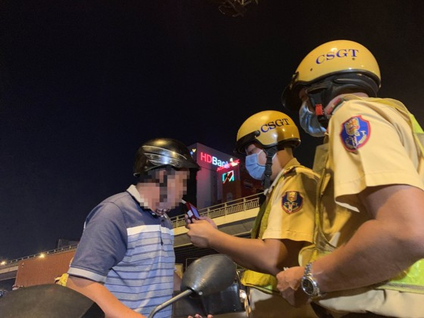 Traffic police penalize more than 7,000 cases of alcohol, drug abuse violations ảnh 7