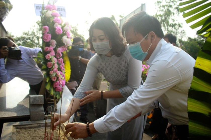 Quang Ngai Province celebrates 53 years of Son My massacre ảnh 1