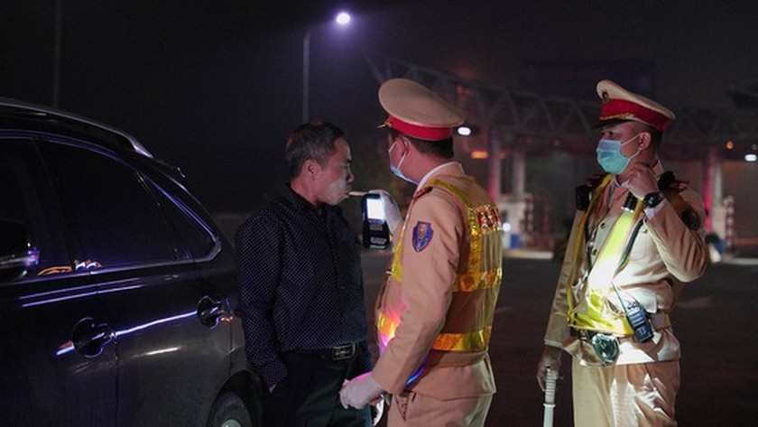 Police detect nearly 10,000 drivers violating blood alcohol, drug content ảnh 1