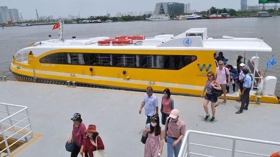 HCMC proposes to continue managing terminals at Bach Dang Wharf ảnh 1
