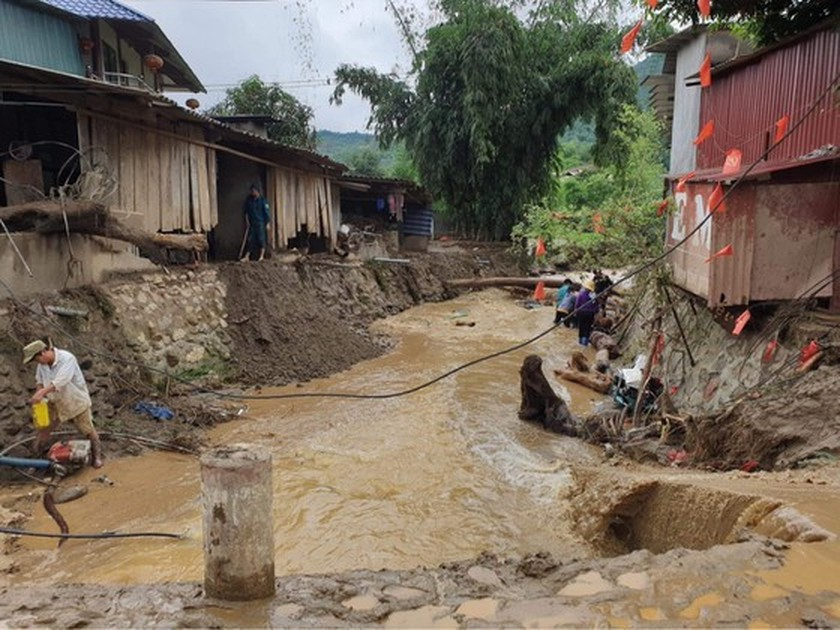 Deadly flash flood occurs in Lao Cai Province ảnh 4