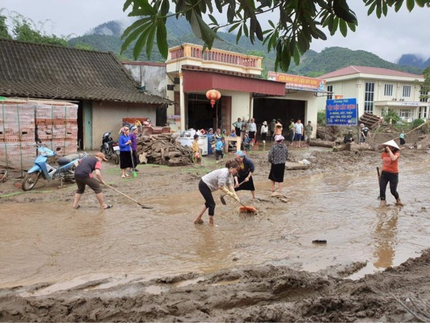 Deadly flash flood occurs in Lao Cai Province ảnh 10