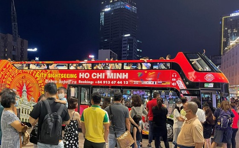 HCMC opens attractive tours with Covid-19 control on national holidays ảnh 1