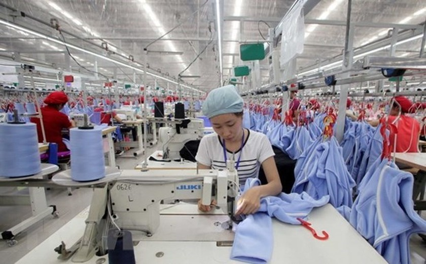 April industrial production expands 24.1 percent ảnh 1
