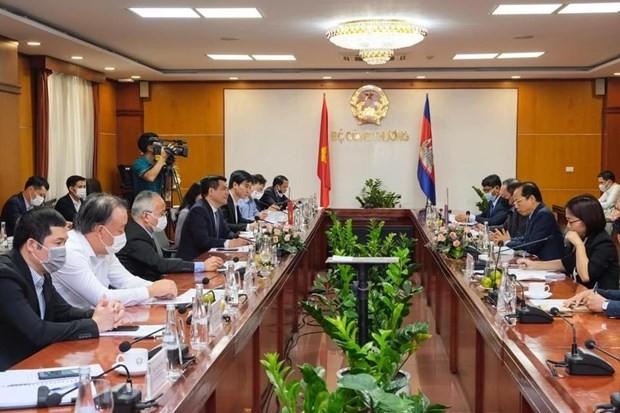 Vietnam, Cambodia lift trade ties ảnh 1