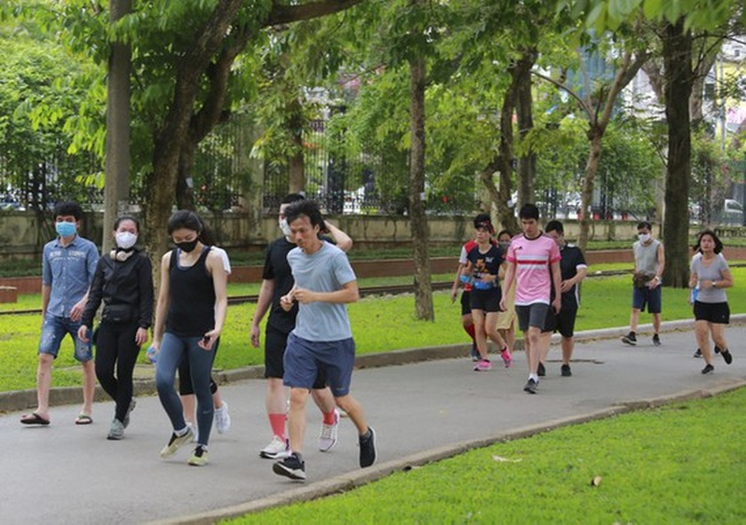 Hanoi ceases physical, sports activities from May 13 ảnh 1