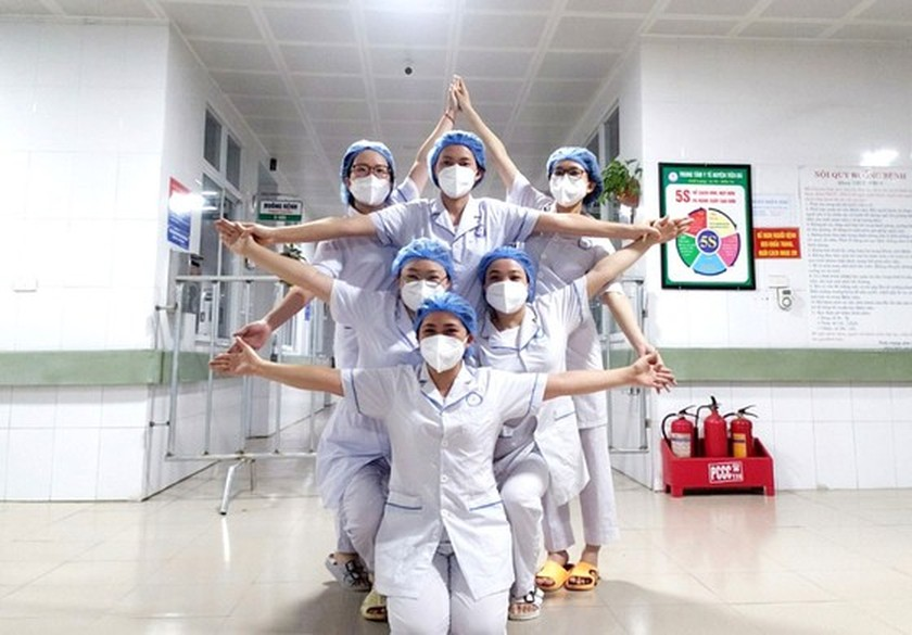 Many localities open field hospitals for Covid-19 treatment ảnh 5