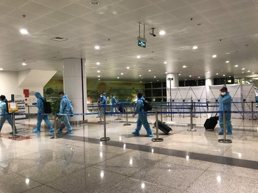 Hanoi to halt reception of foreign arrivals at Noi Bai airport from June 1 ảnh 1