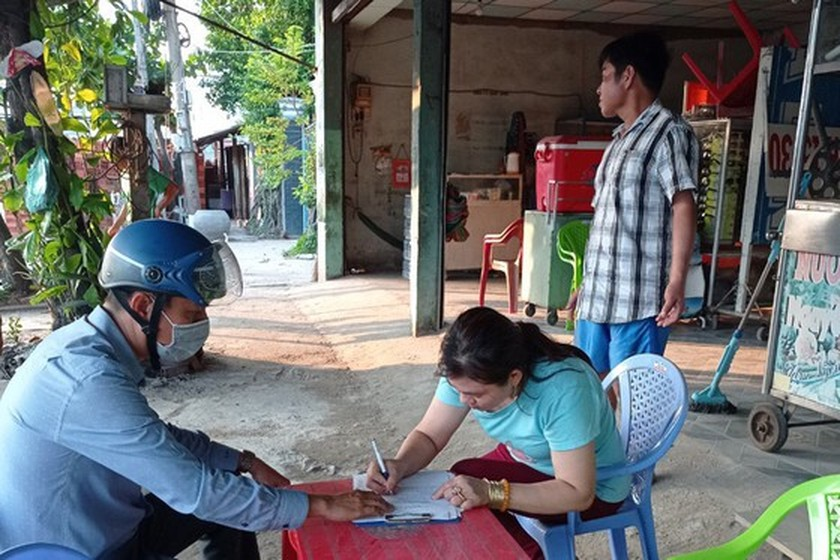 Tien Giang stops food, beverage outlets along highway to fight Covid-19 ảnh 1