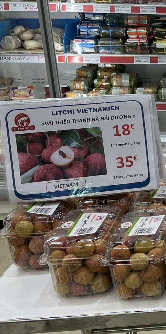 Vietnamese lychees sold at US$22 per kilogram in Paris  ảnh 2