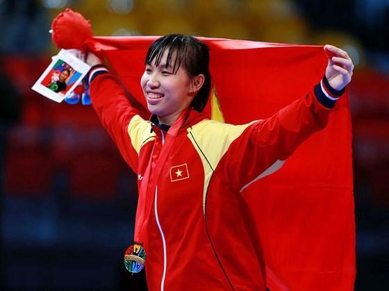 Kim Tuyen wins gold medal at Asian Taekwondo Championships ảnh 1