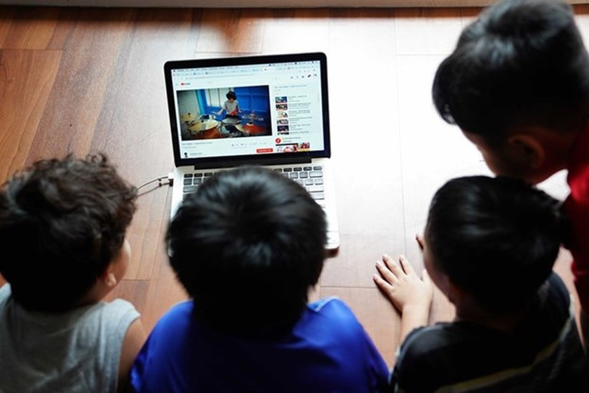 Vietnam introduces code of conduct on social networks ảnh 1