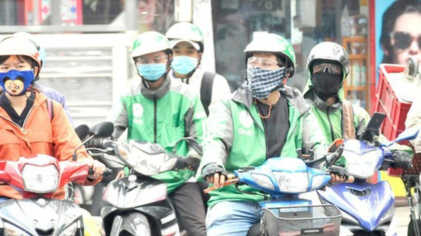 HCMC needs more measures against Covid-19 for app-based motorbike drivers ảnh 1