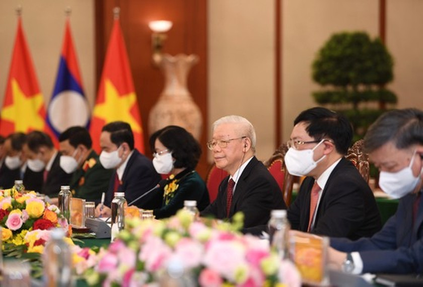 Party, State leader of Laos visits Vietnam ảnh 6