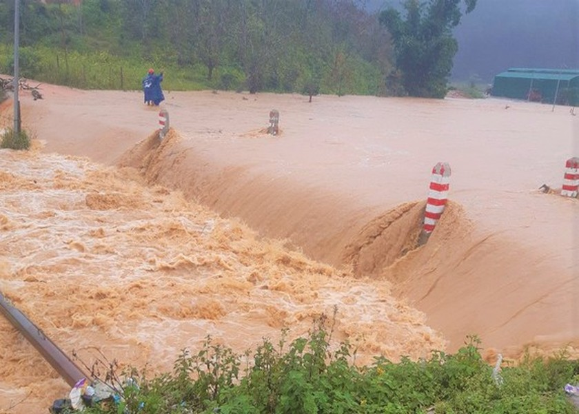 Lam Dong Province urged to evacuate people from flood-prone areas ảnh 1
