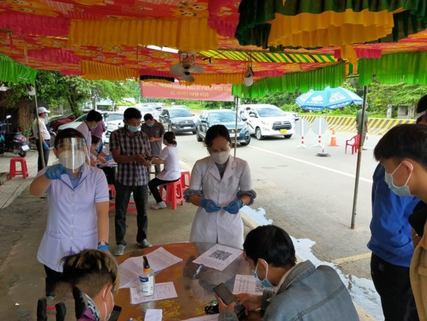 HCMC sets up quarantine wards for F1 cases in industrial parks ảnh 1