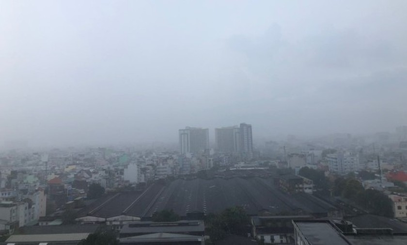 HCMC set to suffer from more thundery showers in middle of week  ảnh 1