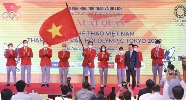 Vietnamese delegation sent off to Tokyo 2020 Olympics ảnh 1