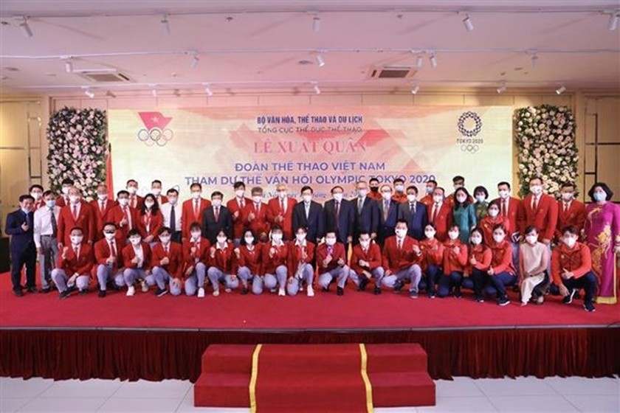 Vietnamese delegation sent off to Tokyo 2020 Olympics ảnh 2
